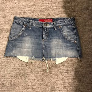 Medium denim cutoff mini skirt. Size 29